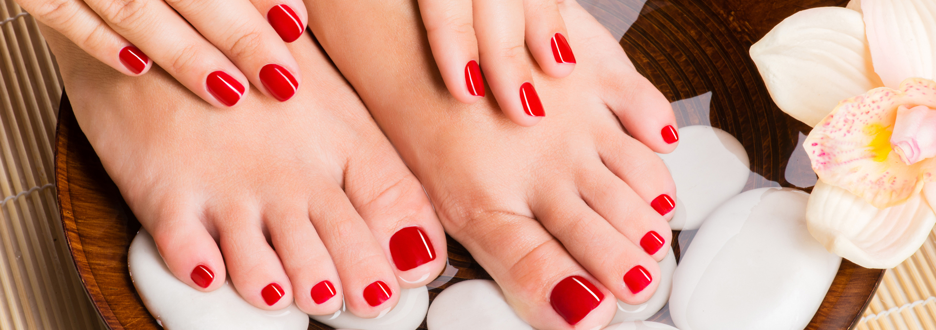 Luxury Nail Bar - Nail salon in Portland, Oregon 97217